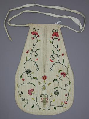 Pocket, single, embroidered. Snowshill Costume Collection, National Trust (UK). mid 1700s. SNO1452