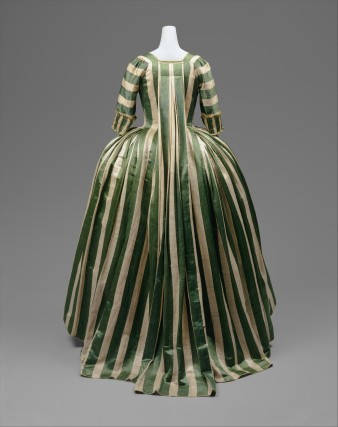 Robe à la Française 1778–85  French linen, silk  Purchase, Irene Lewisohn Bequest, 1965 MMA C.I.65.13.2a–c