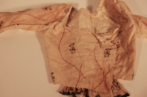 Bodice, painted Indian cotton, 1780-1795 RIHS 1990.36.27